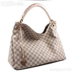 Love This Handbag! ~Louis Vuitton