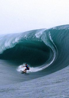 Surf in the bigs waves is a spectacular thing! Do you want the big one? check out the video.
