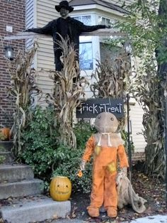 Great scarecrow props!