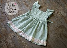 Sewing Clothes Patterns Tie Dye Diva Patterns: Tutorial Tuesday: Make a Wear-Alone Dress from the Storybook Pinafore Pattern Baby Girl Dress Patterns, Baby Clothes Patterns, Sewing Patterns For Kids, Clothing Patterns, Baby Dress Tutorials, Baby Dress Pattern Free, Skirt Patterns, Coat Patterns, Pants Pattern