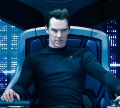 Evil never looked so good before but damn he does it well :)