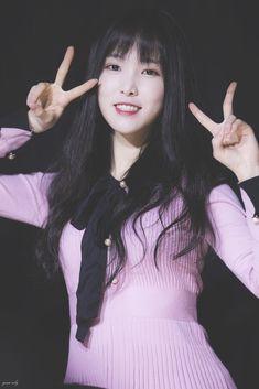 Gfriend at Sowon Birthday's Party <remember> Cr: owner Kpop Girl Groups, Korean Girl Groups, Kpop Girls, Kim Ye Won, Gfriend Yuju, Cloud Dancer, My Wife Is, G Friend, Girl Bands