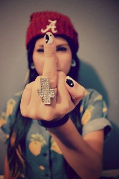 hipster girl | Tumblr. Her ying yang nails are soo nice.