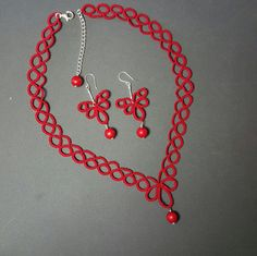 Tatted necklace and earrings with sterling silver lock, extension and hooks.