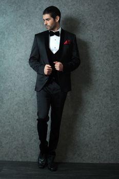 Love the Tuxedo from BenzerWorld!