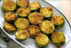 Me encanta el calabacín: crudo en carpaccio  o en ensalada, en sopas  y más sopas , relleno, al grill, en fritattas , en mi to...