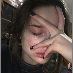 40 Trendy Ideas For Photography Sad Girl People Crying Aesthetic, Bad Girl Aesthetic, Aesthetic Grunge, Gothic Aesthetic, Maquillage Normal, Flipagram Instagram, Tumbrl Girls, Crying Girl, Photographie Portrait Inspiration