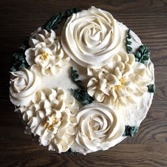 When I don't know what I want to share I might be guilty of posting pie or cake. Is that a bad thing? #honestcaptions #thejudylabcakes #thejudylab