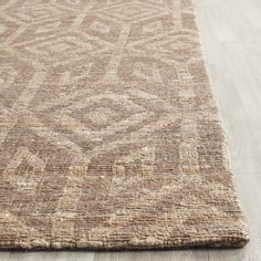 Safavieh's Cape Cod collection is inspired by timeless contemporary designs crafted with the softest cotton available. This rug is crafted using a hand-woven construction with a cotton pile and featur