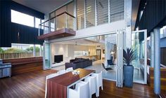 SheOak, Casual and Comfortable Beach House by Base Architecture ...