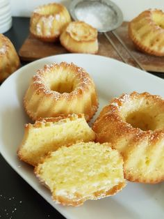 Romanian Food, Cooking Recipes, Healthy Recipes, Food Cakes, Dessert Bars, Cake Cookies, Doughnut, Cake Recipes, Good Food