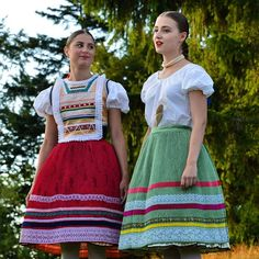 Folk Costume, Costumes, Folk Clothing, Ukraine, High Waisted Skirt, Culture, European Countries, Czech Republic, Traditional Outfits