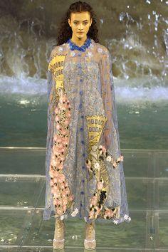 Fendi Fall 2016 Couture Fashion Show - Greta Varlese (Elite)