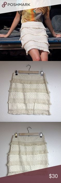 Anthropologie HD in Paris Linen Fringe Mini Skirt Anthropologie HD in Paris Women's Linen Blend Lace Fringe Mini Skirt  Color-Cream Pattern-Lace, Floral Size-4 Conditon-Good; No stains, tears, or holes. Waist-15 inches Length-17 1/2 inches Anthropologie Skirts Mini
