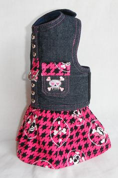 Hey, I found this really awesome Etsy listing at https://www.etsy.com/listing/110507097/dog-harness-pink-skull-pattern-size-xxs