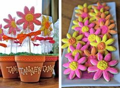 This is a cute Bridal Shower Favor; maybe in purple and no need for the pots? Baby Shower Fun, Baby Shower Gifts, Daisy Party, Wedding Shower Favors, Party Favors, Flower Cookies, Cool Things To Make, Girly Things, Cute Crafts