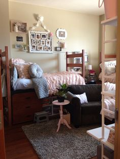 Shabby chic dorm room -- not a bad idea to soften up a #Baylor dorm.