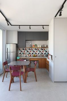 You finally have that home to call your own. There are so many different small kitchen design and decor… Continue Reading → Interior Design Kitchen, Kitchen Decor, Kitchen Ideas, Kitchen Layout, Kitchen Designs, Deco Studio, Sweet Home, Decoration Design, Cheap Home Decor