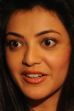 Deepika Padukone Hot, Sonam Kapoor, Allu Arjun Images, Indian Face, Preity Zinta, Indian Beauty, Smiley, Close Up, My Girl