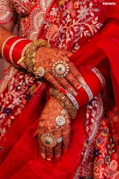 Indian Bridal Photos, Indian Bridal Fashion, Indian Wedding Jewelry, Indian Weddings, Wedding Chura, Desi Wedding, Luxury Wedding, Wedding Lehnga, Indian Wedding Planning