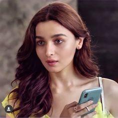 Aalia Bhatt, Alia Bhatt Cute, Art Photography Portrait, Hot Actresses, Actress Photos, Hottest Photos, Indian Beauty, Bollywood Actress, Face