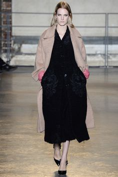 Rochas Fall 2014 Ready-to-Wear Collection Slideshow on Style.com