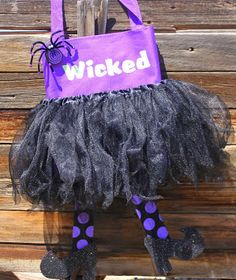Trick or Treat Witch Bag Tutorial by I Gotta Try That