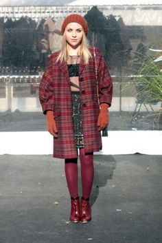 http://www.fashionfreax.net/outfit/277623/Fashion-Week-Poland-Versace-for-H-and-M-Max-Azria-St-John