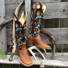 """Hondo Custom Handcrafted  16"""" Buckaroo Boot"""