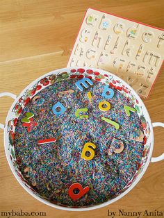 This hidden letter sensory tray is great activity to start introduction toddlers and preschoolers to the alphabet and their sounds. Preschool Learning Activities, English Activities, Sensory Activities, Toddler Preschool, Hidden Letters, Magnetic Letters, Colored Rice, Letter Tray, Jolly Phonics