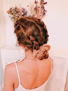 hairstyles for school / hairstyles ; hairstyles for thin hair ; hairstyles for medium length hair ; hairstyles for short hair ; hairstyles for long hair ; hairstyles for thin hair fine ; hairstyles for black women ; hairstyles for school Oval Face Hairstyles, Scarf Hairstyles, Girl Hairstyles, Hairstyles 2016, Scrunchy Hairstyles, Hairstyles For Short Hair Easy, Wedding Hairstyles, Pretty Braided Hairstyles, Office Hairstyles