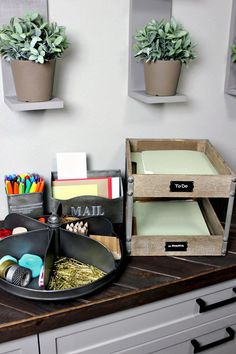 Organize your sea of papers mound of mail and abundance of office supplies in vintage-industrial style! Organize your sea of papers mound of mail and abundance of office supplies in vintage-industrial style! Industrial Home Offices, Industrial Office Design, Vintage Industrial Furniture, Industrial House, Home Office Design, Industrial Style, Used Office Furniture, Furniture Decor, Home Office Organization