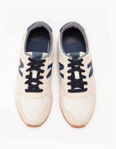 New Balance Peach Sneakers