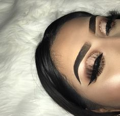 baddie makeup – Hair and beauty tips, tricks and tutorials Makeup Eye Looks, Cute Makeup, Eyeshadow Looks, Glam Makeup, Gorgeous Makeup, Pretty Makeup, Beauty Makeup, Hair Makeup, Hair Beauty