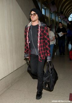"""Are you sure? Feel like I've seen this pic before RT @NiniLambert911: Adam Lambert back to L.A!! from Sweden!! pic.twitter.com/k9oh17vIrN"""""""