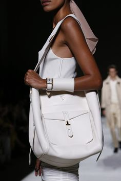 a2077e1bd824 Tom Ford Spring 2019 Ready-to-Wear Fashion Show. Purses And HandbagsLeather  ...