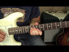 Stevie Ray Vaughan Inspired Lick - Blues Guitar Lessons - Blues Licks - Soloing - texas blues