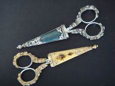 Victorian Scissors by Sylvia,Chiu, via Flickr