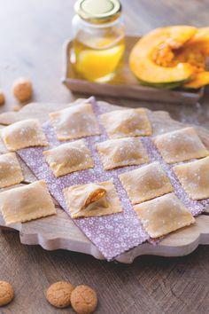 Tortelli di zucca: dalla tradizione mantovana arriva un primo piatto davvero da urlo. Pumkin ravioli