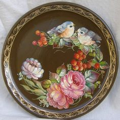 prato russo z China Painting, Tole Painting, Fabric Painting, Painting On Wood, Pintura Country, Decoupage, Russian Folk Art, Painted Trays, One Stroke Painting