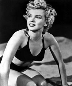film 1952 - Clash by Night - Page 2 - Divine Marilyn Monroe Hollywood Stars, Old Hollywood, Joe Dimaggio, Brigitte Bardot, Barbara Stanwyck Movies, Divas, Bikini Noir, Marilyn Monroe Fotos, Portrait Studio
