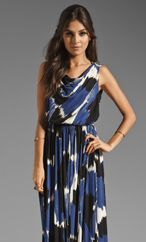 Shop for Rachel Pally Abilene Dress in Azure Painter at REVOLVE. Free day shipping and returns, 30 day price match guarantee. Rachel Pally, Caftan Dress, The Chic, Revolve Clothing, Tie Dye Skirt, Wrap Dress, That Look, Glamour, Elegant