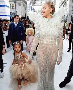 Beyoncé and Blue Ivy - VMA Awards 2016