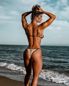 Handpicked sources of fit and sporty girls, health Resume Models, Yoga Health Benefits, Health Tips, Fit Girl Motivation, Sporty Girls, Stay Young, Sexy Hot Girls, Thong Bikini, Swimwear