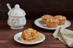 Food and Life in photos - Персиковые маффины с овсяными хлопьями