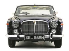 A quintessentially British luxury saloon, the Rover is well worth a closer. Rover P6, Car Rover, Auto Rover, Vintage Cars, Antique Cars, Motorcycle Events, Car Makes, Car Drawings, Car Shop