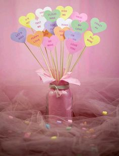 If you are looking for Diy Valentines Decorations Ideas, You come to the right place. Below are the Diy Valentines Decorations Ideas. This post about Diy . Valentines Bricolage, Kinder Valentines, Valentine Crafts For Kids, Valentines Day Party, Valentinstag Party, Diy Valentine's Day Decorations, Valentines Day Decorations, Decor Ideas, Decor Diy