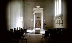 Skogskyrkogården: Woodland Cemetery, Stockholm Uppståndelsekapellet: Resurrection Chapel Sigurd Lewerentz, 1925