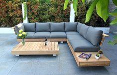 How to Build a DIY Outdoor Sofa – Love & Renovations Garden Furniture Design, Wooden Garden Furniture, Outdoor Garden Furniture, Furniture Decor, Rustic Furniture, Antique Furniture, Furniture Layout, Furniture Buyers, Furniture Dolly
