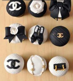 Fashion cupcakes